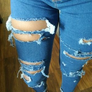 Distressed Jeans size 9